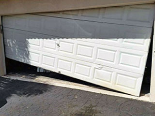 Charmant Broken Door | Garage Door Repair Minneapolis, MN